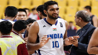 First Indian to play in Australian basketball league : Amritpal